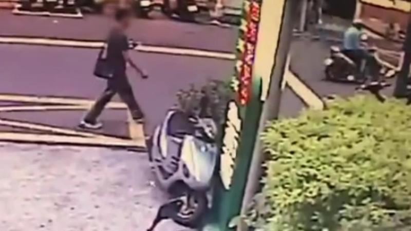 高男遭指控襲少女胸部,但他否認犯行。(翻攝畫面)
