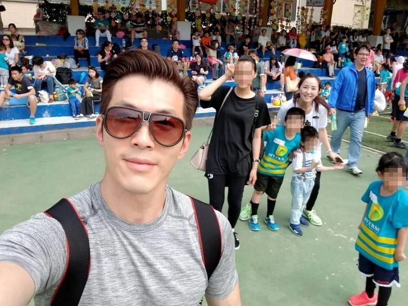 黃少祺熱愛健身,常帶著2個寶貝兒子及老婆一起運動,曾拿下兒子學校的親子跑步比賽冠軍。(翻攝自黃少祺臉書)
