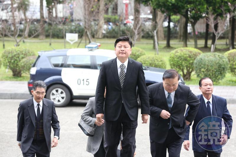 花蓮縣長傅崐萁炒股案,全案上訴至最高法院後今天定讞,檢方已啟動防逃機制。