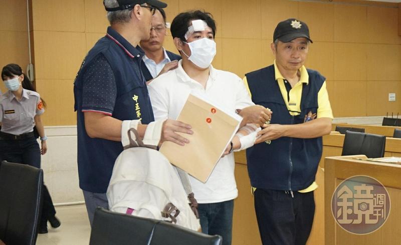 男子呂軍億去年8月間闖總統府砍傷憲兵,遭判6年8個月定讞。
