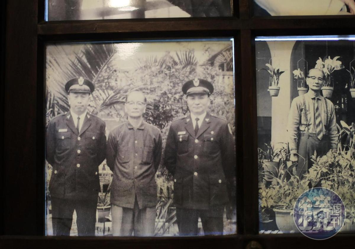 黃清舞不只行醫救人,也擔任五任將軍鄉長,透過政務幫助居民。