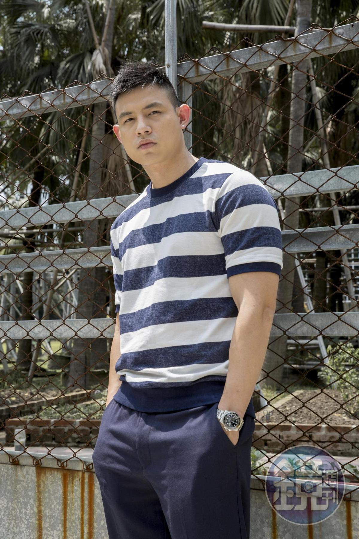 趙勁皓2012年因成為知名服裝品牌A & F香港分店開幕模特兒,當年只是抱著見識去玩,誰知意外打開演藝之門。