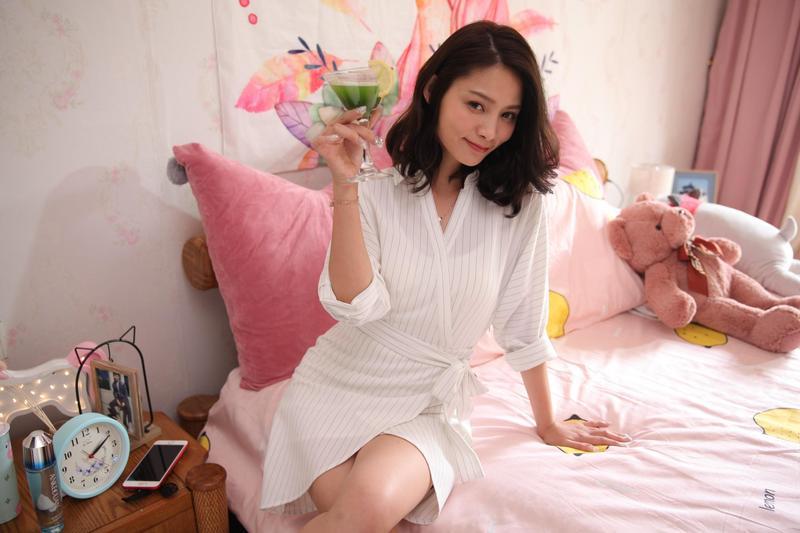 《辣妹甜心》是一部有歡笑與淚水、青春與夢想的校園輕喜劇,女主角常立琳在戲中一分飾兩角。(FUNS MEDIA提供)