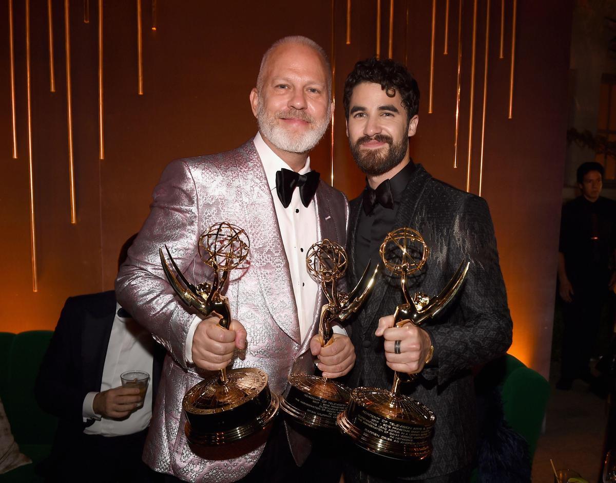 《美國犯罪故事:凡賽斯謀殺案》不僅讓萊恩墨菲(左)拿下最佳迷你影集導演,也讓達倫克里斯(右)拿下最佳迷你影集男主角,這是兩人繼《歡樂合唱團》後再度合作。(東方IC)