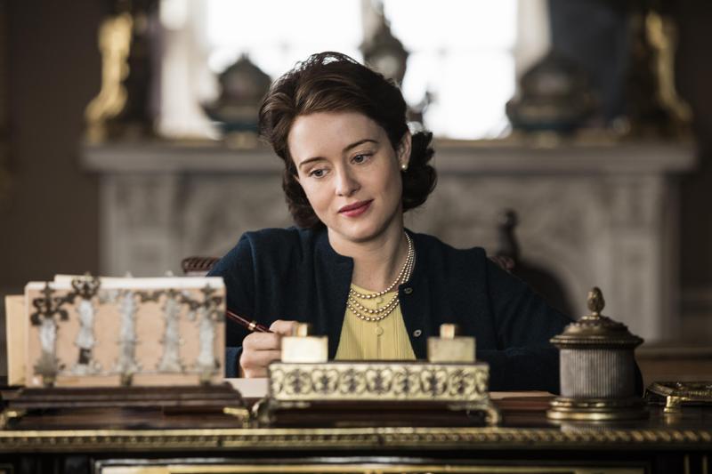 已經拿下金球獎的克萊兒芙伊,再度以《皇冠》奪下最佳劇情類女主角。(Netflix提供)