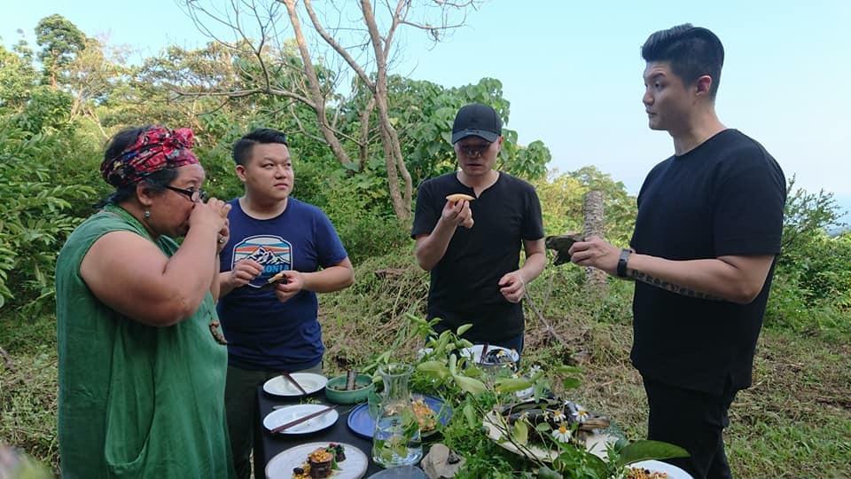 COOKMANIA也策劃了廚師生態學習,帶主廚們下鄉了解林下種植。(COOKMANIA提供)