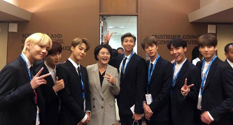 防彈少年團和南韓第一夫人金正淑一同出席聯合國兒童基金會活動。(東方IC )