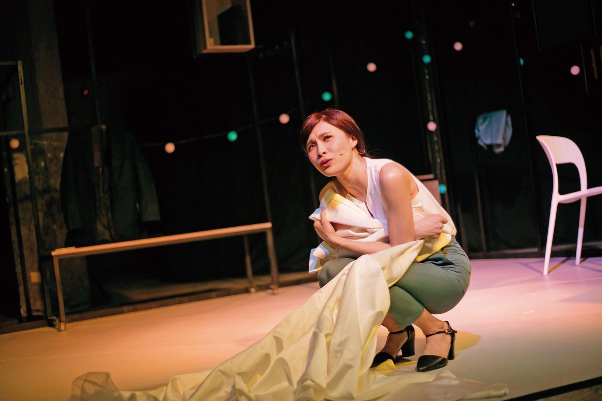 獨角音樂劇《焢肉,遇見你》由陳品伶主演,入圍今年大邱國際音樂劇節最佳音樂劇、最佳女主角。(C Musical 提供)