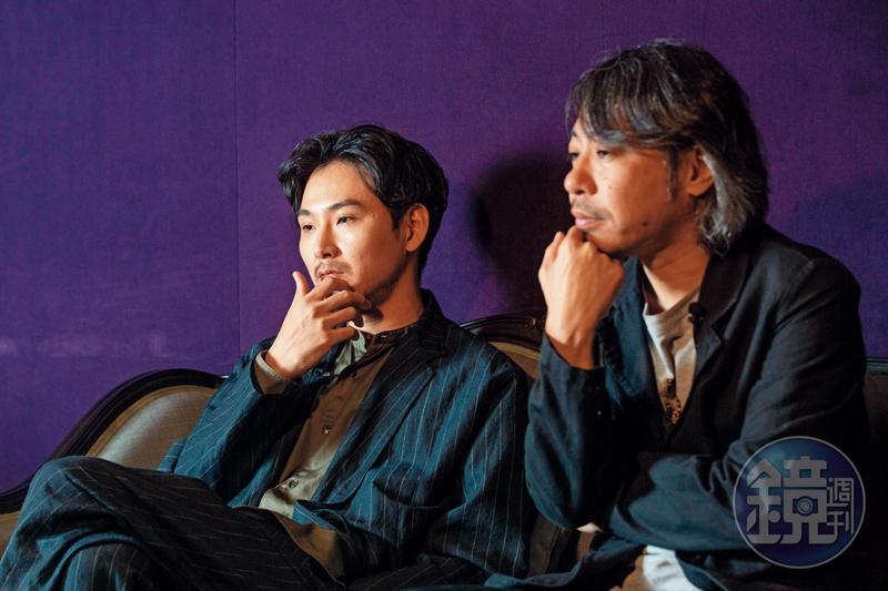 導演豐田利晃(右)看著松田龍平從結婚、生子再到離婚,導演說:「他都沒有變。」