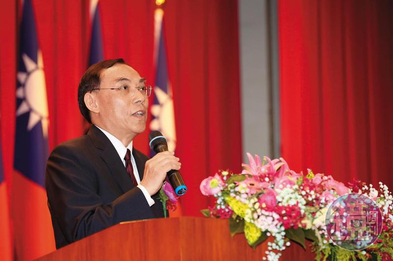 法務部長蔡清祥對於操守格外重視,日前透露有檢察官涉及不當男女關係辭去職務,引起基層議論。
