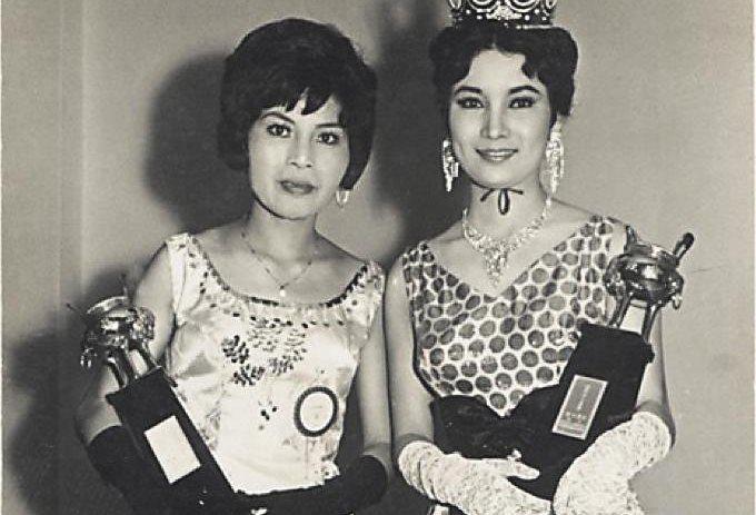 周遊(左)年輕時是個美人,當時她和白蘭(右)分別獲得金鼎獎肯定。(翻攝自台灣女人網站)