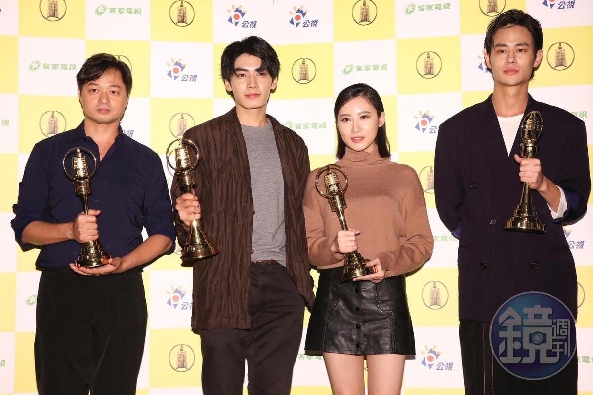 《他們在畢業的前一天爆炸2》的鄭有傑導演與演員宋柏緯、胡廣雯、夏騰宏出席慶功宴。