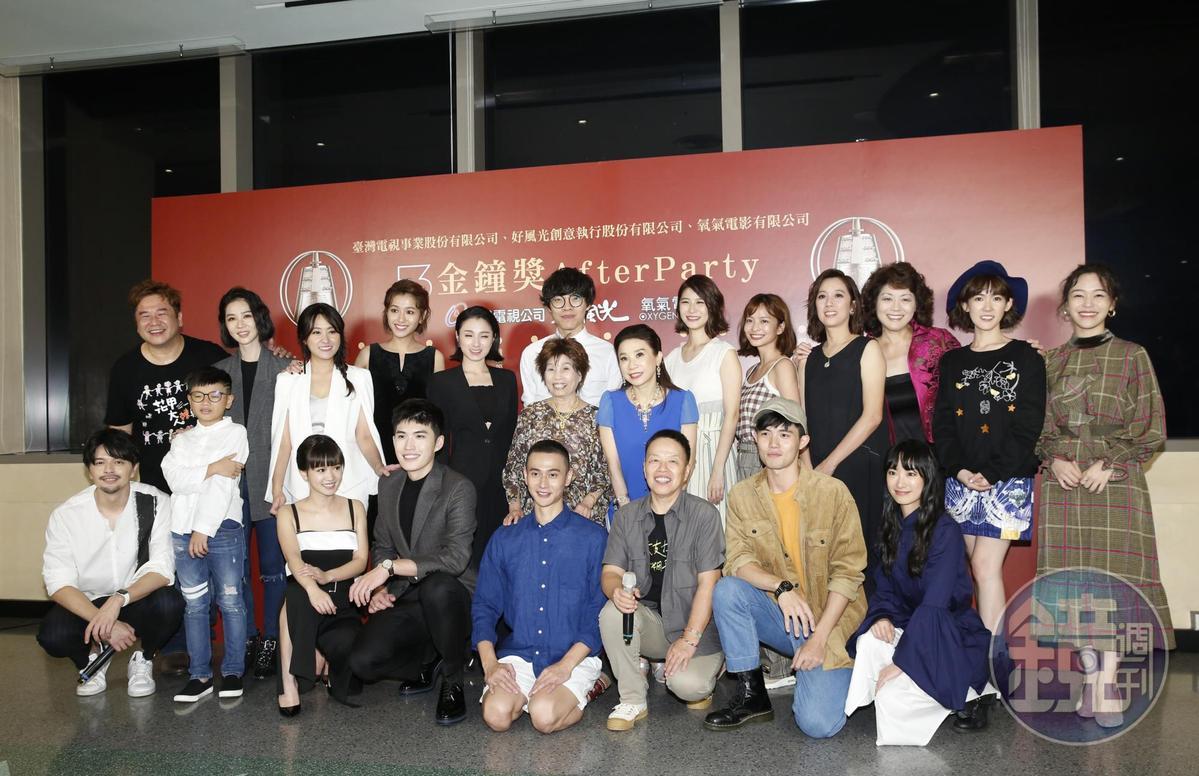 《花甲男孩轉大人》演員齊出席慶功宴,導演瞿友寧將會再以原班人馬再開新戲。