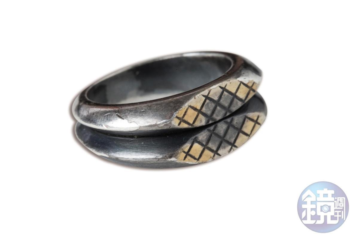 Bottega Veneta戒指,約NT$7,000。