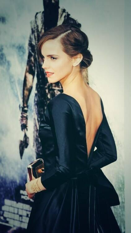 飾演妙麗的Emma Watson。(翻攝自臉書)