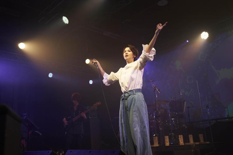 曾沛慈7日在台北舉辦演唱會,除了自己的作品,也唱了孫燕姿、Hebe、林宥嘉等人的作品。(亞神音樂提供)