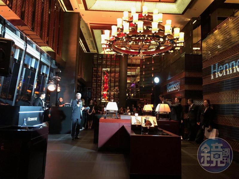 9月底在香港米其林二星餐廳「天龍軒」舉辦的軒尼詩餐會,將粵菜與干邑互相搭配的特性發揮到極致。