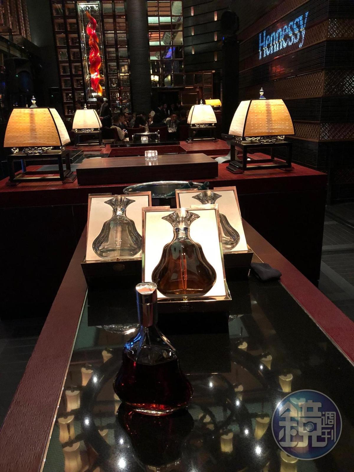 現場展示Hennessy Paradis Imperial百樂廷皇禧干邑。