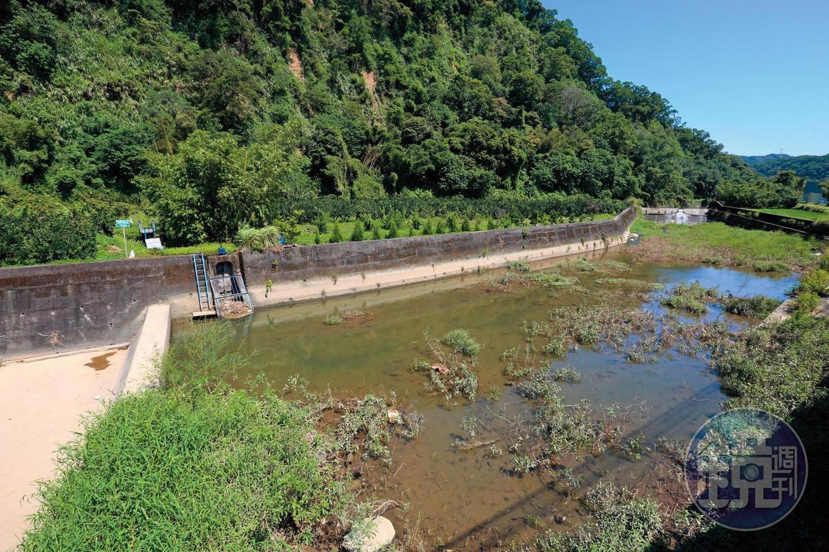 石壁潭新圳取水口,引水自頭前溪下游,灌溉芎林鄉農田。