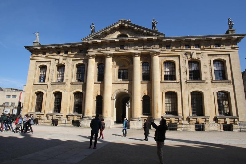 英國牛津大學萬靈學院出一道考題,被英國媒體封為「最難」的考題。(東方IC)