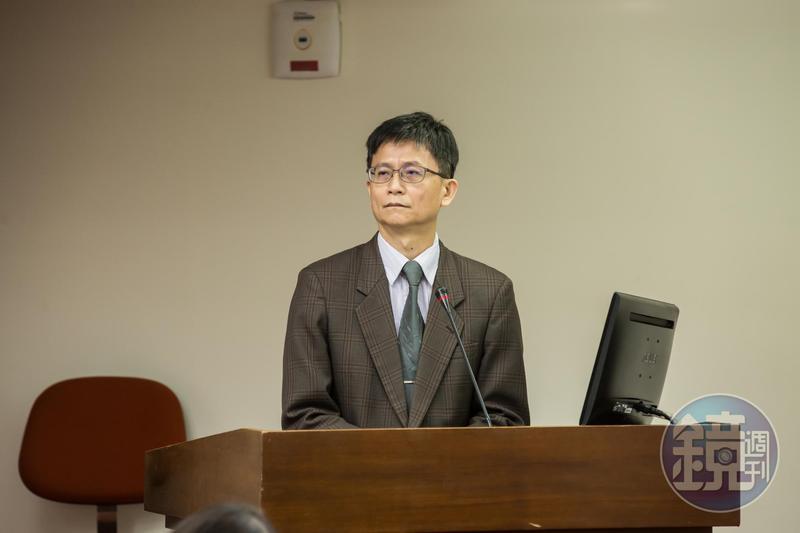 賴揆去年9月上任後,詹順貴前後共3度表達辭意,最後終因觀塘案確定離開賴內閣。