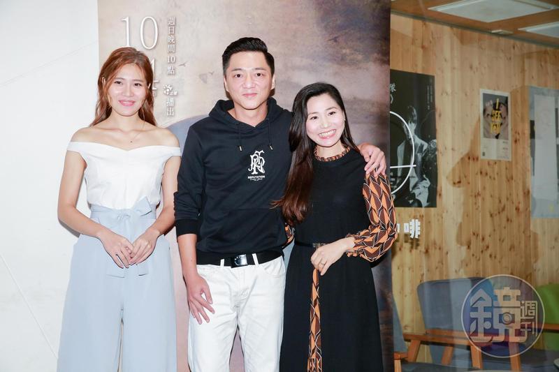 《最美的風景》由阮安妮(右)、藍葦華(中)、梁湘華(左)主演,藍葦華一洗螢幕硬漢,難得詮釋愛妻的「草根暖男」,更被詹仁雄笑稱他是「越南金城武」。