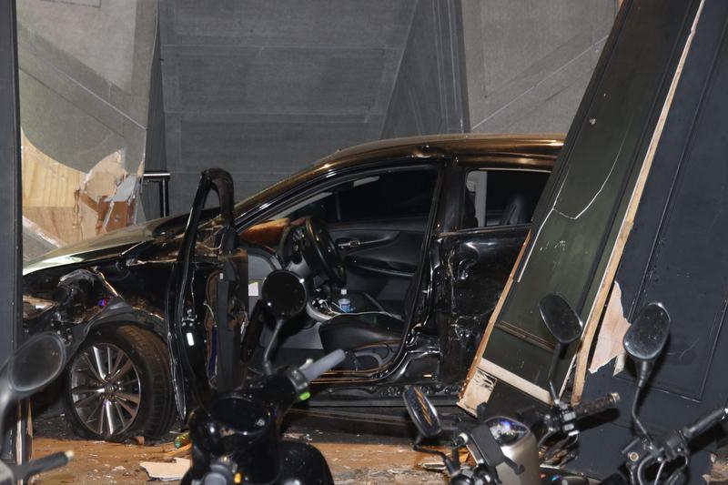 造成3死車禍的原因竟是駕駛無照競速。(翻攝畫面)