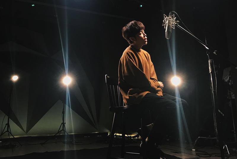 吳青峰受邀寫了不少影視作品歌曲,快手完成的〈寶貝兒〉有不少好友轉發力挺超好聽。(大房小山音樂提供)
