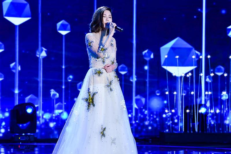 許茹芸受邀出席北京BAZAAR明星慈善夜,擔任壓軸演出嘉賓。(索尼音樂提供)