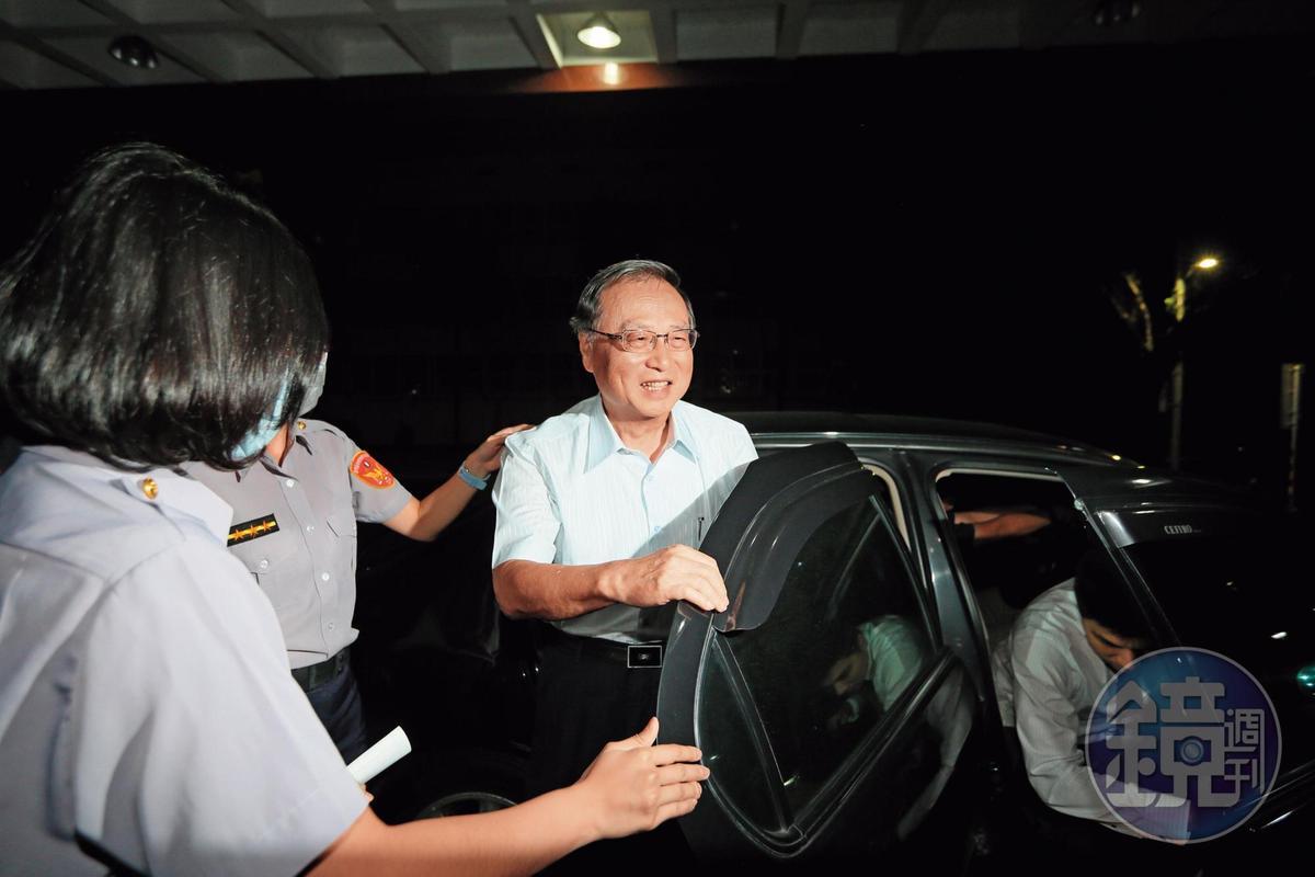中投前董事長張哲琛(圖)緊咬馬英九是黨營事業決策者,三中交易案都上簽呈給馬批准才執行。