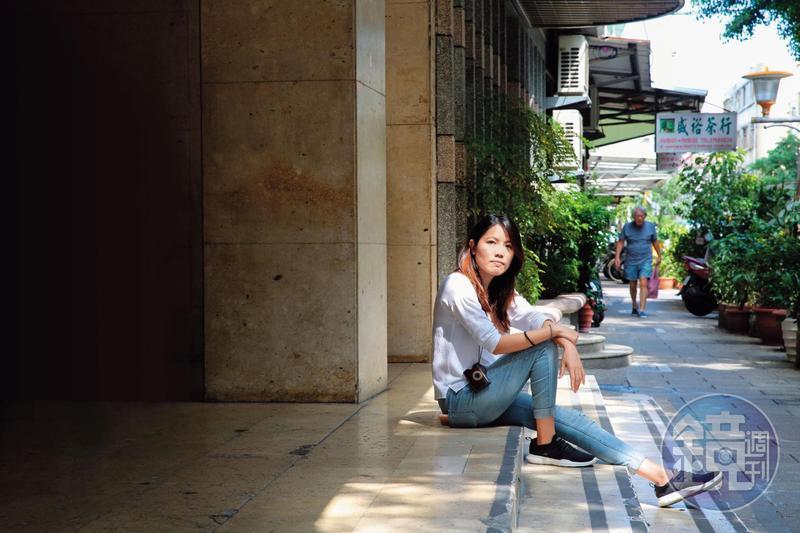 因為走過一段崎嶇的路,鄭珍真更能體會移工來台灣打拚的心境,替他們爭取權益,彷彿也在為年少懵懂的自己出一口氣。