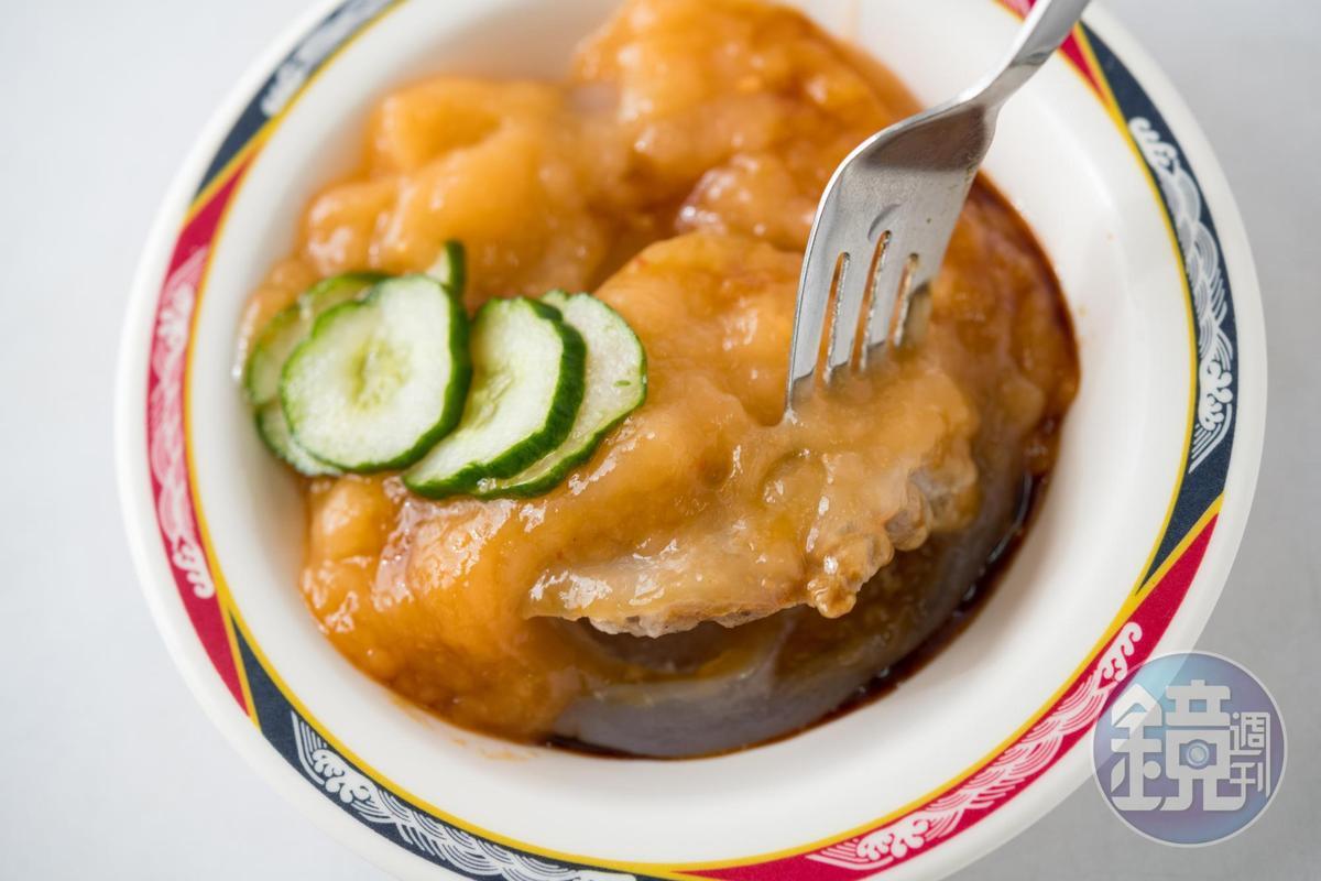「涼丸」能消暑又能止餓,是熱天最好的下午點心。(40元/份)