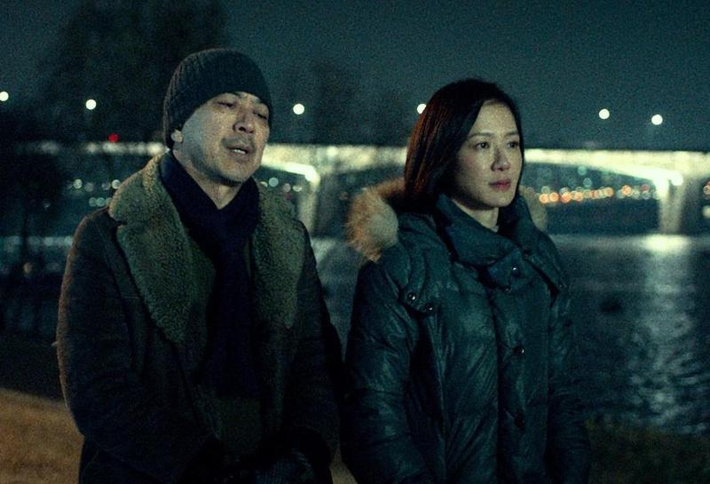 高捷、尹馨等主演的《幸福城市》第一段,選在冬天赴韓國首爾出外景,捕捉冰冷的感覺。 (牽猴子整合行銷提供)