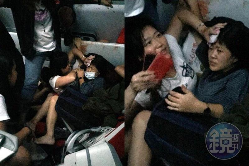 戴太太(白衣者)發現乘客受傷,不管自己身體不適,立即為她加壓止血(右圖);該女士腳部骨折、頭部受傷,所幸同車乘客戶相幫忙,讓她能順利獲救。(左圖)