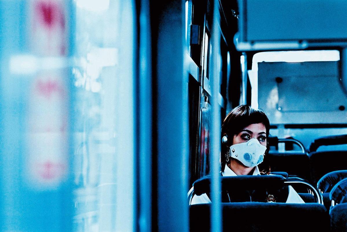獲坎城影展「國際影評人週柯達發現獎最佳短片」的《呼吸》是以35mm底片拍攝。(牽猴子整合行銷提供)