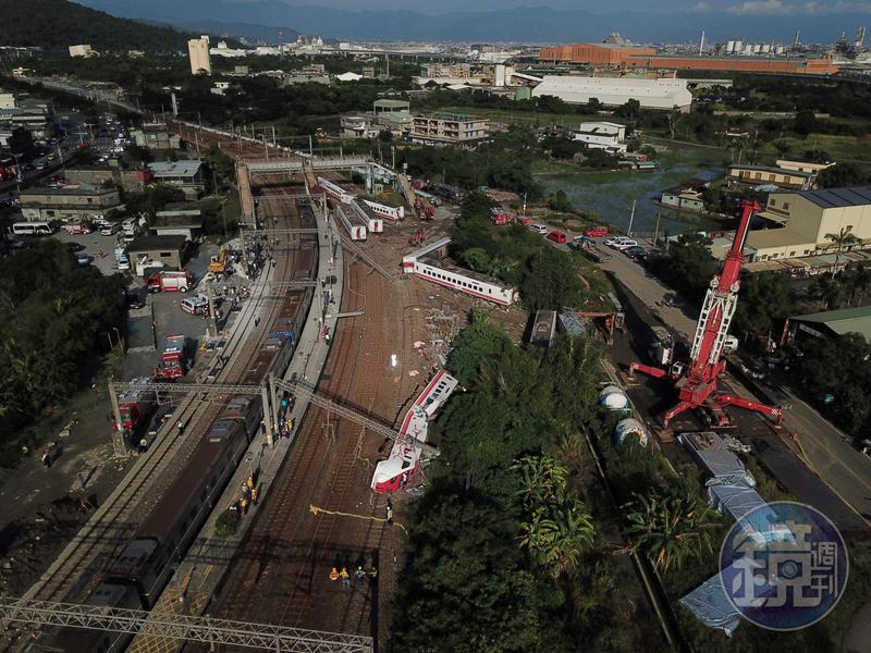 普悠瑪列車昨(21日)於台鐵新馬站翻覆,造成嚴重死傷。