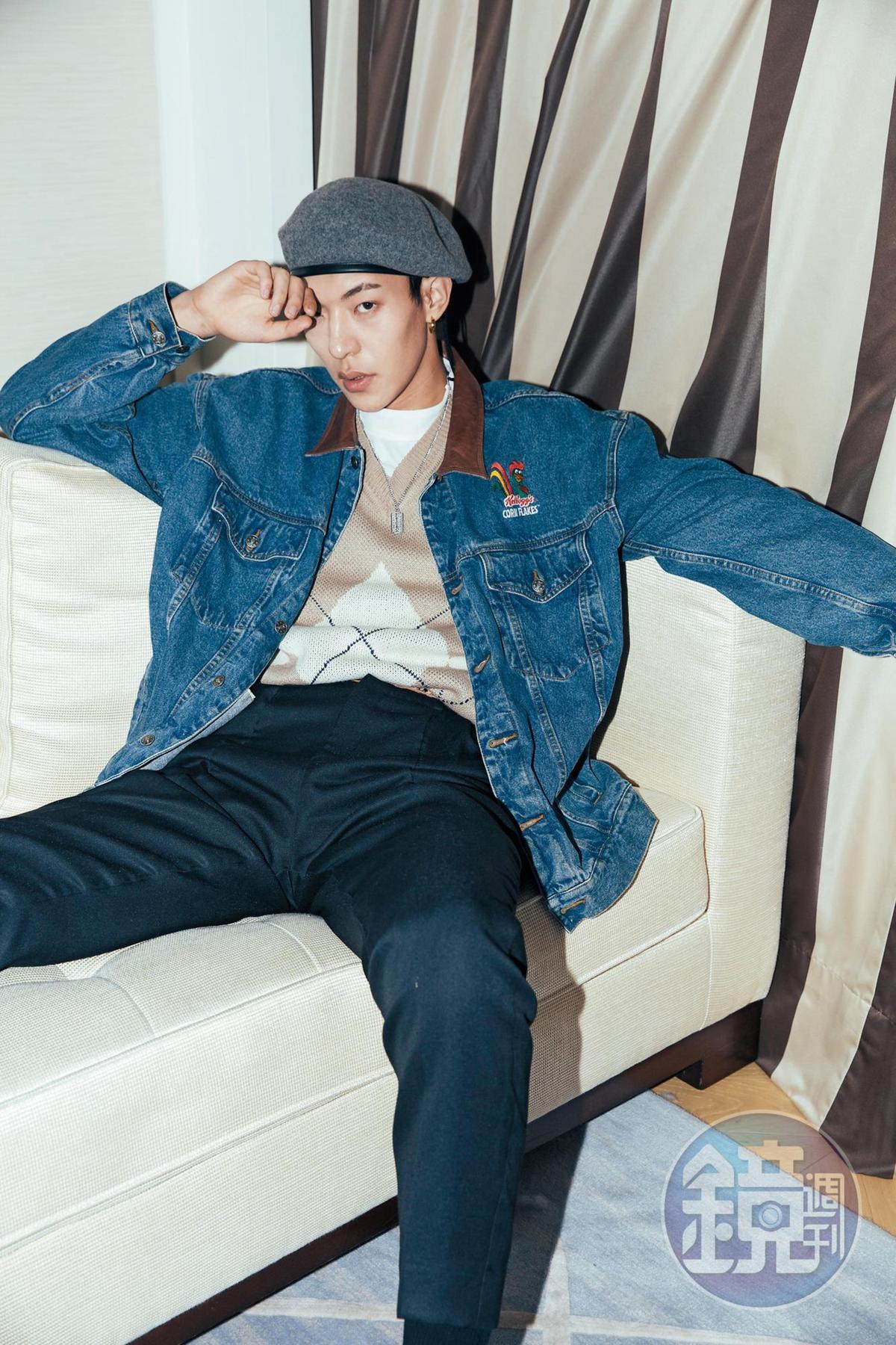 卜凡手長腳長身材挺拔,曾擔任模特兒,經過時尚圈訓練,對走秀、拍照都相當擅長。 卜凡(22歲),身高:192公分,學歷:北京服裝學院