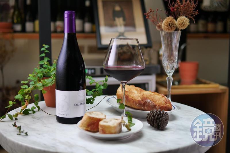 「Le Merlot 2016, Domaine Gilles Ballorin」純飲時能感受高結構度。(旭宣葡萄酒,1,200元/瓶)