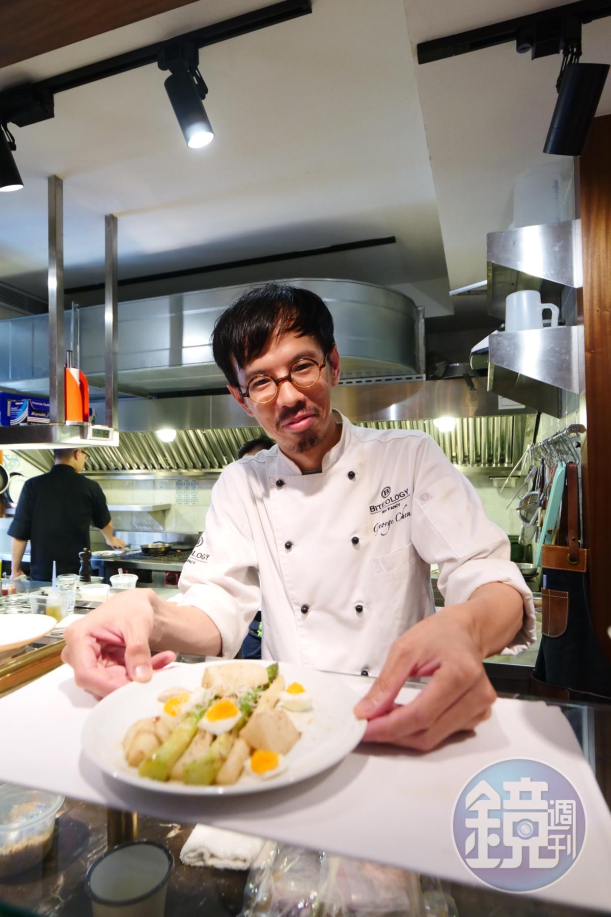 前「咬學問 Biteology」餐廳主廚陳炫維(George),認為選喝自然酒,就是支持農人、釀酒師可以持續用自然方式種植及釀酒。