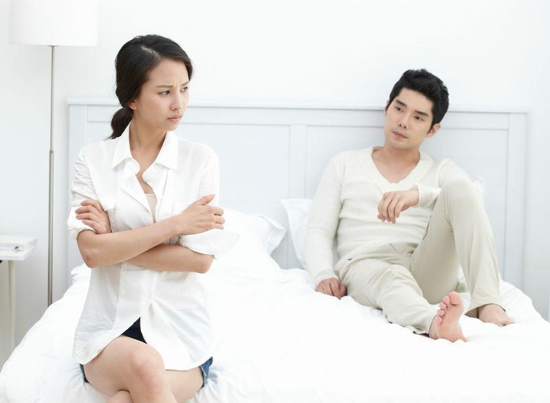 夫妻間失和想離婚,首要考量的是對孩子的扶養義務。(東方IC)