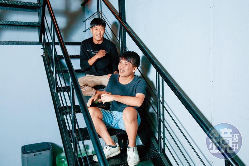 導演洪子烜(右)與動作指導洪昰顥(左)氣味相投,同樣熱愛動作類型電影。