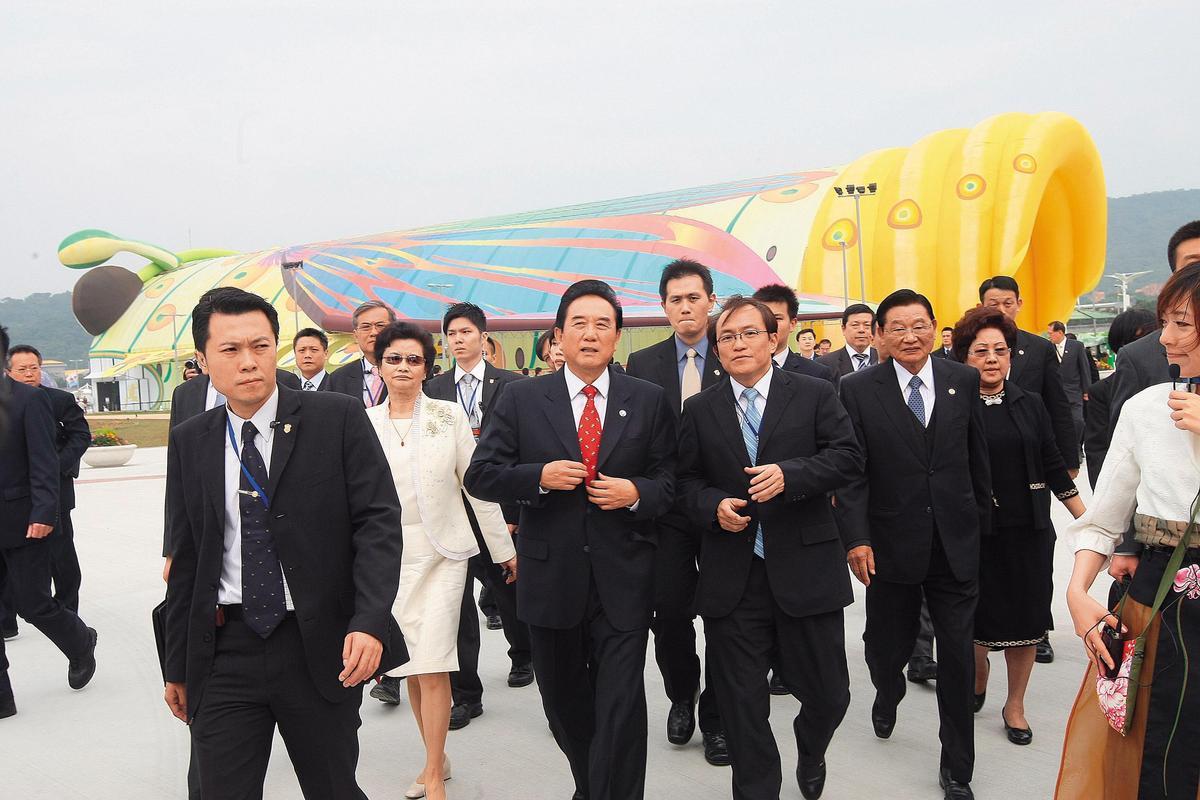 台北花博當年與中國互動熱絡,連當時擔任海協會長的陳雲林都受邀參訪。(中央社)