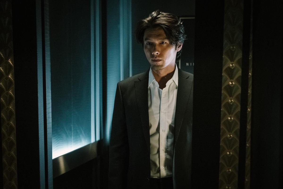炫彬在《極智對決》首次挑戰反派角色。(華聯國際提供)