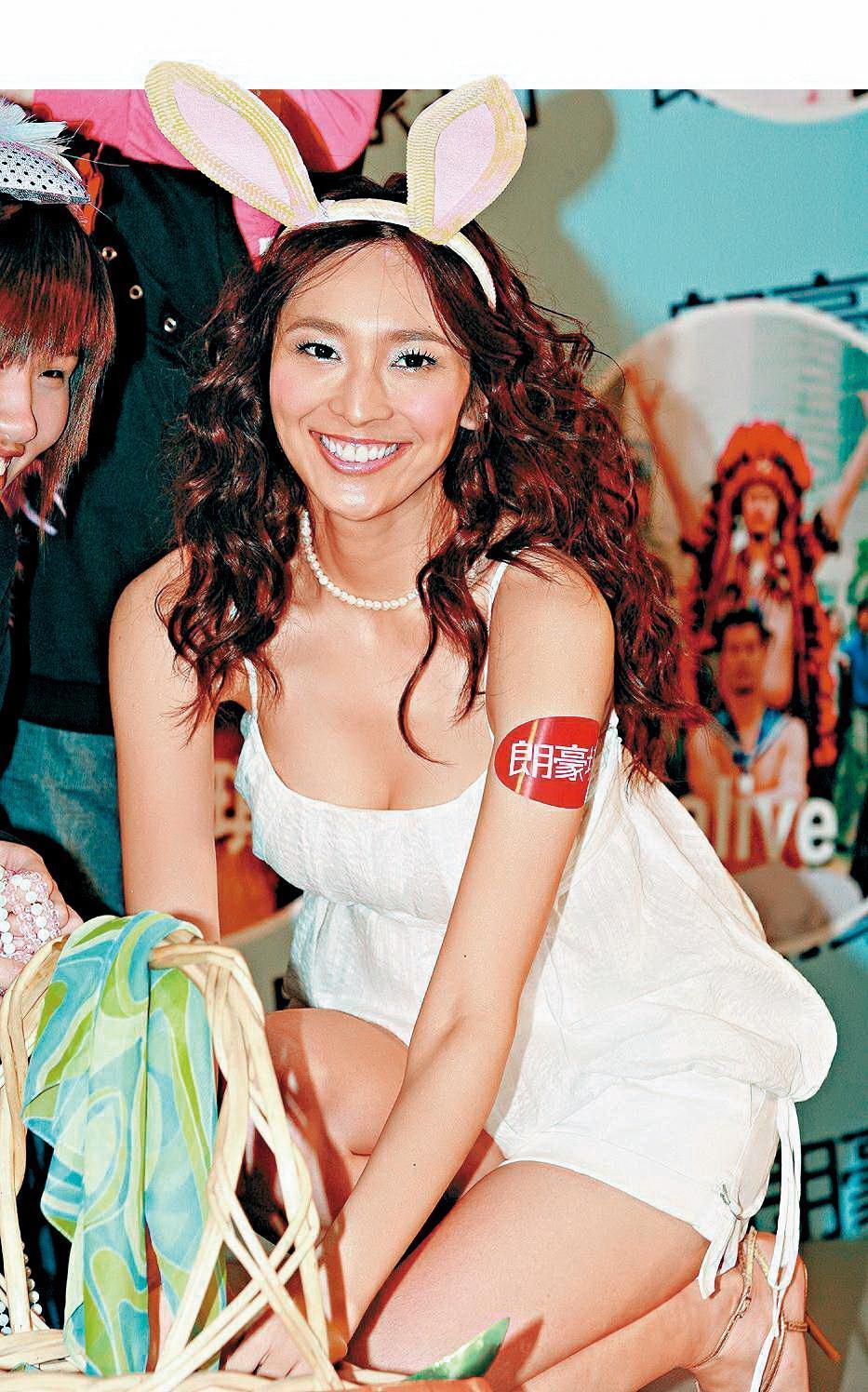吳佩慈出道時有「八頭身美少女」的美譽,曾在台灣橫跨主持、唱片等界。(東方IC)