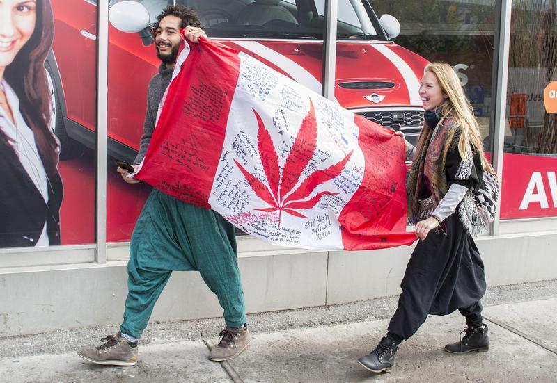 10月17日,加拿大成為繼烏拉圭之後,全世界第二個全境可合法購買和使用大麻的國家。(東方IC)