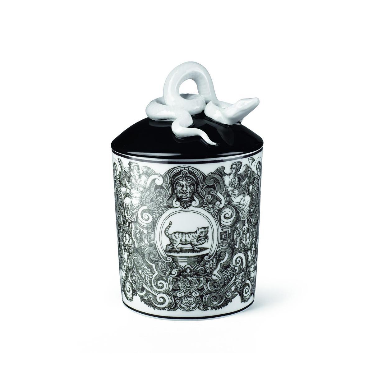貓咪彩繪古典瓷器香氛蠟燭,NT$26,700。(品牌提供)