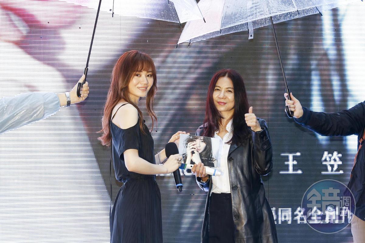 戲劇名製作人3年前相中王笠人歌聲當作《致,第三者》主題曲,如今終於首次碰面相見歡。