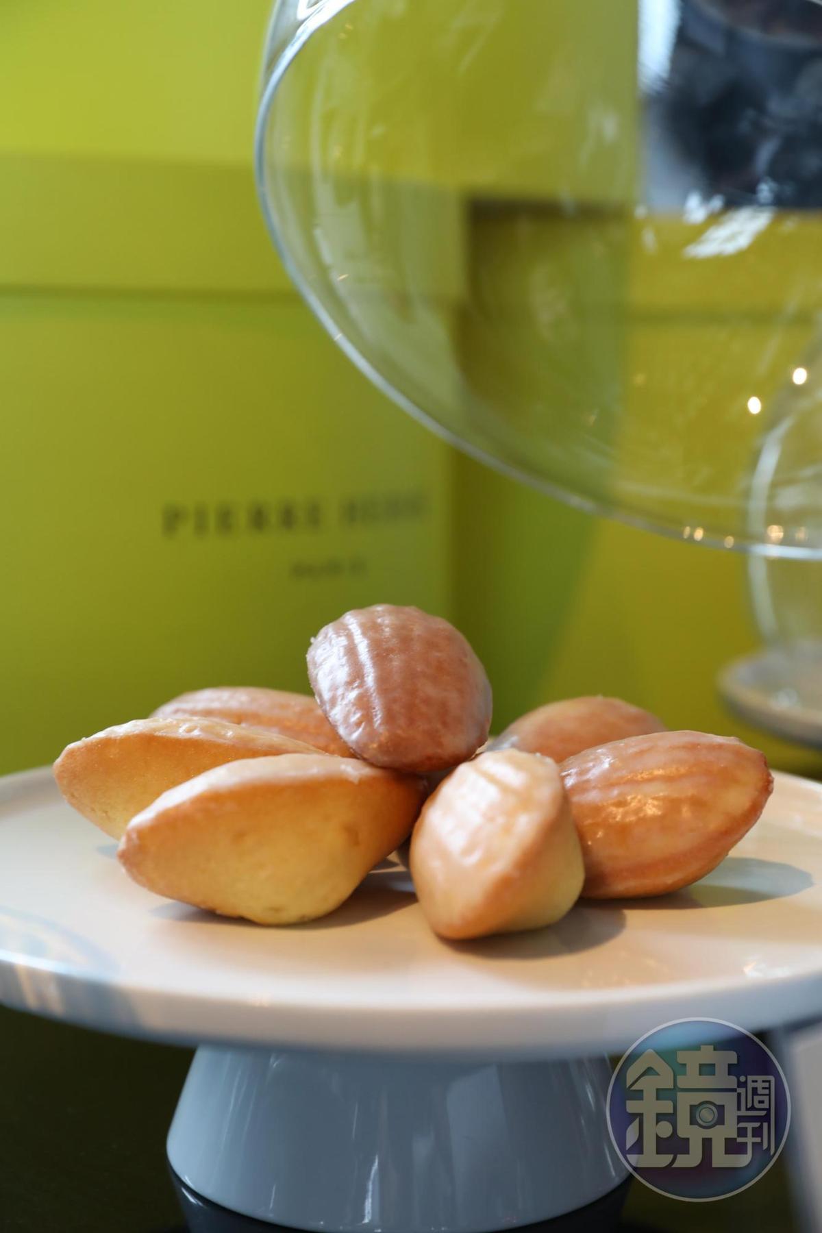 在摩珀斯的VIP Lounge也能嘗到Pierre Hermé拿手的檸檬瑪德蓮。