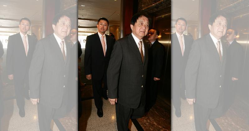 洪文棟曾因不滿新光吳家績效,一度挑戰吳東進新光金董事長位置。(今周刊提供)