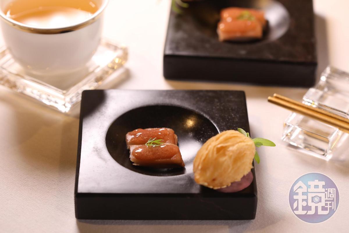 餐前小食「芝士火腿蘿蔔酥」與「話梅豬手」,用上24個月伊比利火腿,十足精彩。